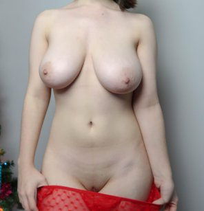 amateur photo What do you think about getting a little [f]estive?