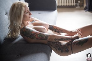 amateur photo Swann Suicide