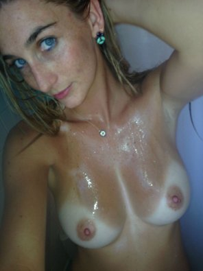 amateur photo In the shower