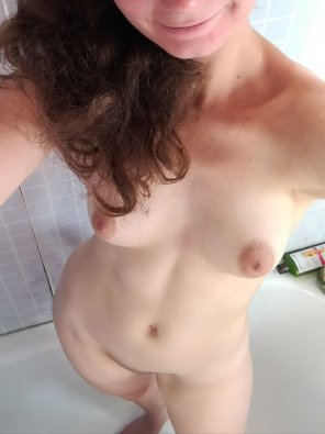amateur photo Shower time! Care to join me? <3 [F]