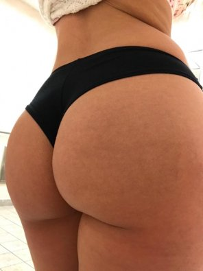 amateur photo Thong of the day!!! Black Pink cheekster thong