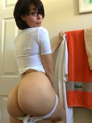 amateur photo Ava Dalush has a wonderfull ass