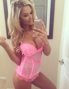 amateur photo Nice pink lingerie
