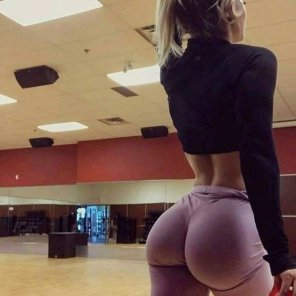 amateur photo Serious Glutes
