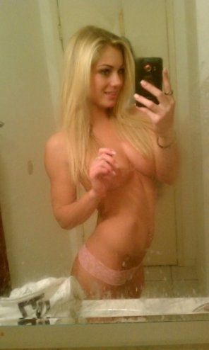 amateur photo Beautiful Blonde Amateur