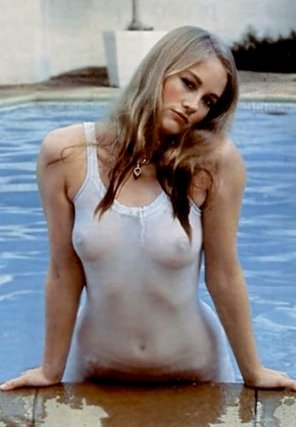 amateur photo Cybill Shepherd, beautiful and sexy