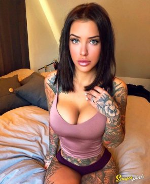 amateur photo Hot tatted babe