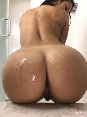 amateur photo Eva Lovia Wet Ass