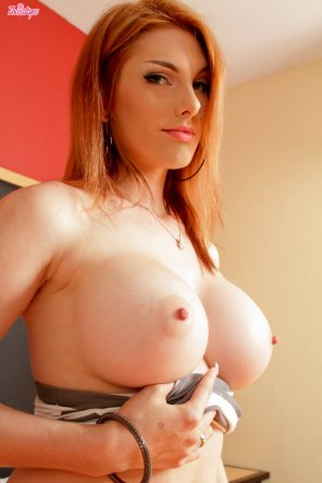 amateur photo Lilith Lust also known as Rainia Belle
