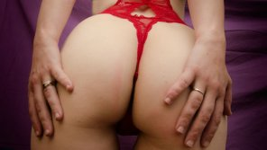 amateur photo Married Lady in Red
