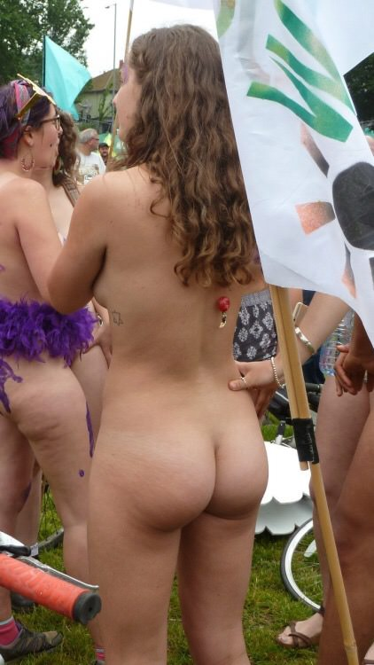 gorgeous ass on display at the naked bike ride porn photo
