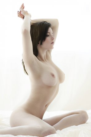 amateur photo Raven haired beauty