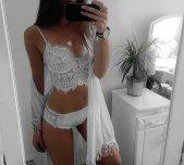 Lingerie selfie