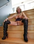 amateur photo Busty blonde milf in boots