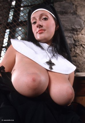 amateur photo naughty nun