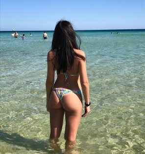 amateur photo Girl on the beach