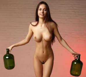 amateur photo Girl with nice jugs