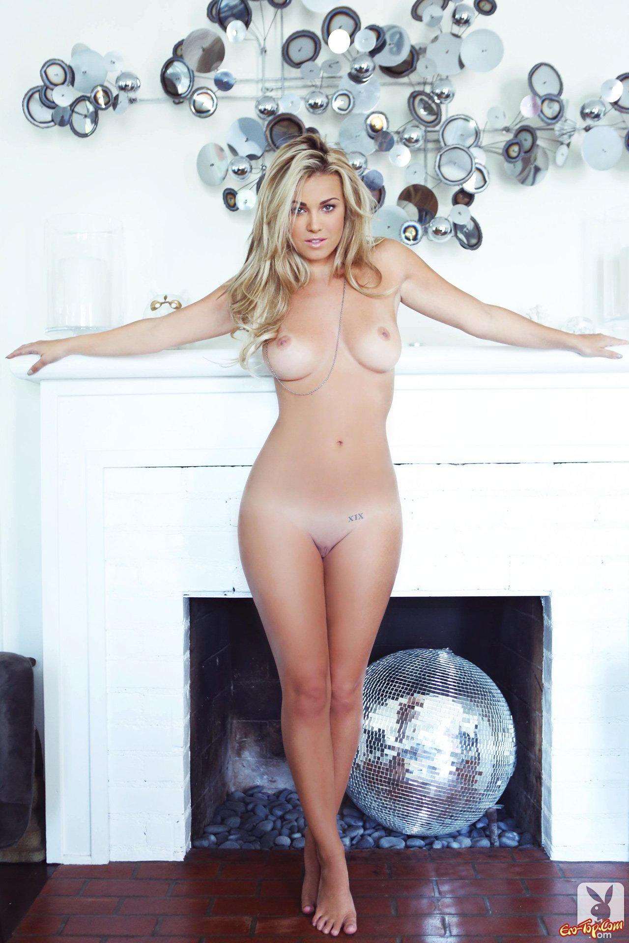 Scarlett pomers nude pics