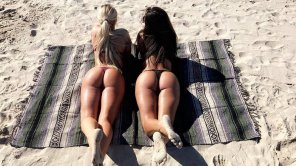 amateur photo Beach pair