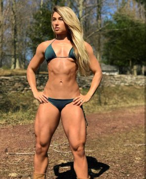 amateur photo Carriejune in a bikini is just what the doctor ordered!