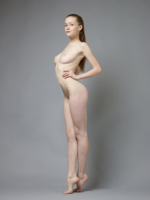 amateur photo Pale ballerina Emily