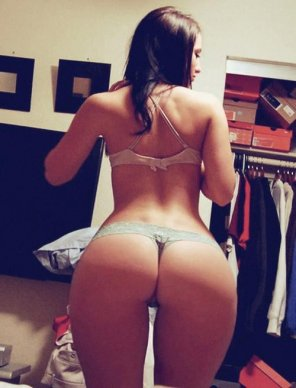 amateur photo Grey thong, great ass