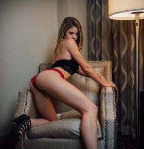 amateur photo Red Panties ;) [f]
