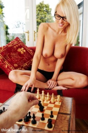 amateur photo Playing naked chess