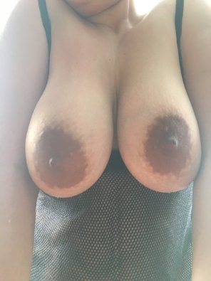 amateur photo Wife with plenty of nipples