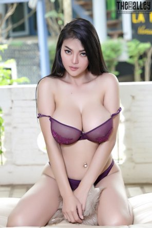 amateur photo Beauty Purple
