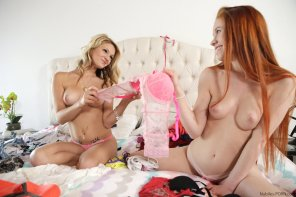 amateur photo Hope Harper and Dolly Little