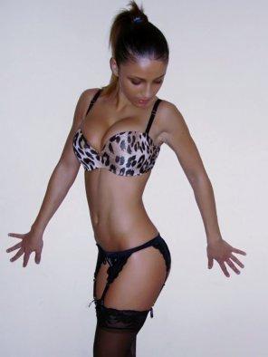 amateur photo Leopard Bra