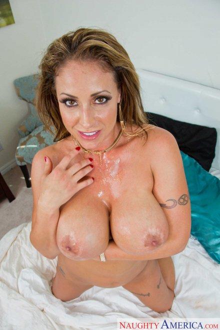 Eva Notty Porn Photo