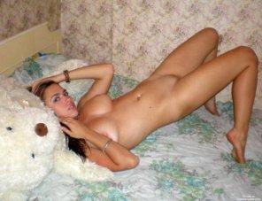 amateur photo Teddy bear pose