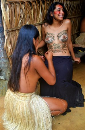 amateur photo Xingu People from the Village of Yawalapiti - An indigenous tribe in the Amazonian Basin of Brazil