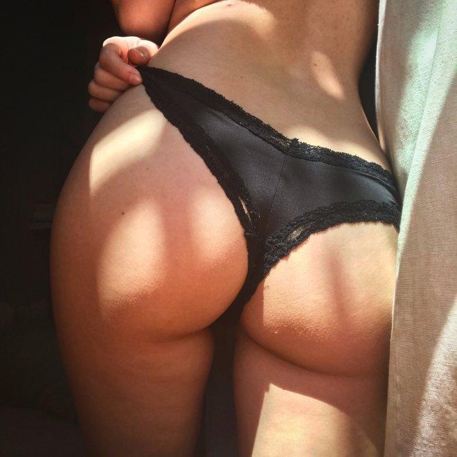 🍑 Porn Photo