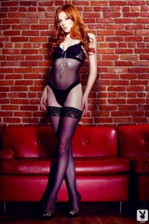 amateur photo Statuesque redhead