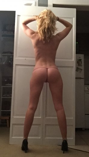 amateur photo Nice heels