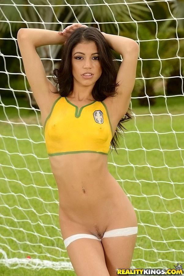 Rosario dawson nude xxx