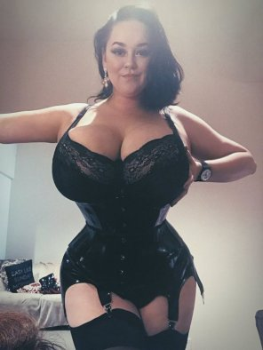 amateur photo Curves in a corset