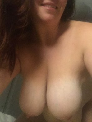 amateur photo IMAGE[Image] Beautiful hanging tits, perfect for fucking
