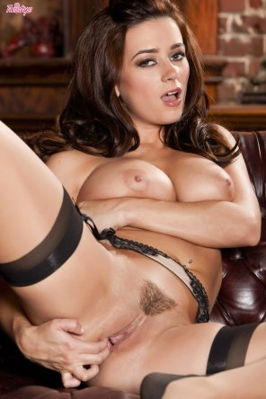 amateur photo Taylor Vixen