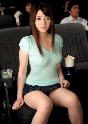 amateur photo Jun Aizawa in the cinema