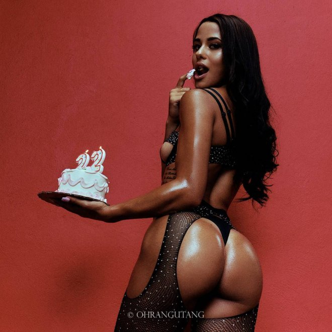 Katya Elise Henry Porn Photo