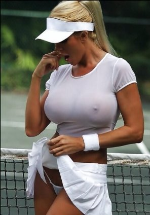amateur photo The hot tennis trainer.