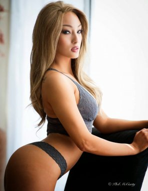 amateur photo Jeana Turner: 25% Asian, 100% Hot
