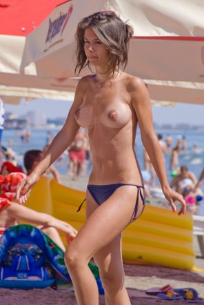 amateur photo Nice tanlines