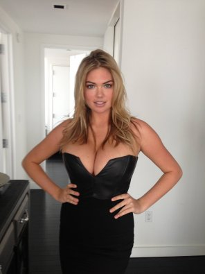 amateur photo Kate Upton pulling that dress apart