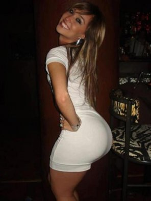 amateur photo White dress