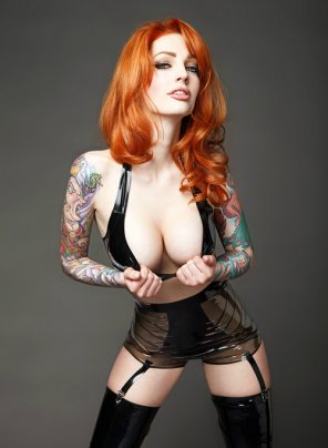 amateur photo Hot tatted redhead